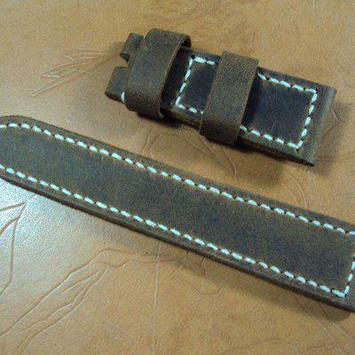 FS:A2185~A2194 Panerai custom straps include 3 big horn croco straps,crazy horse & Bund style straps. Cheergiant straps