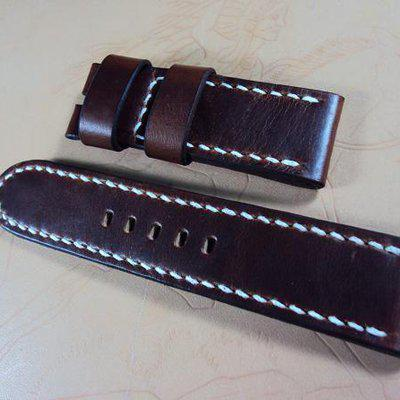 FS:Some Panerai straps A101~A109 include 5 croco & 3 big horn croco straps. Cheergiant straps