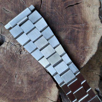 Heuer Calculator flat-link 22mm ends steel vintage bracelet