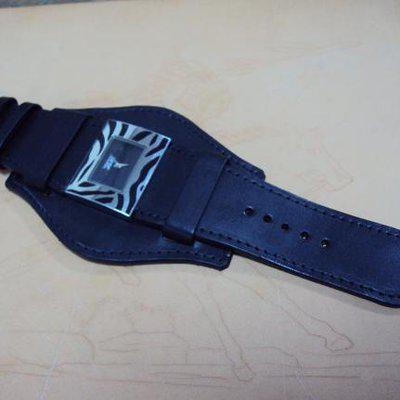 FS:Some custom straps include IWC Big Ingenieur,ROLEX,OMEGA,HAMILTON,Bund style. Cheergiant straps