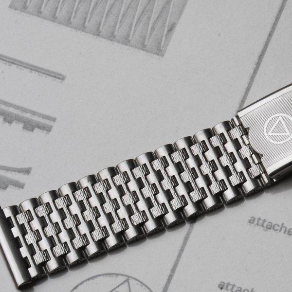 Novavit Swiss NSA 1960s bracelets, Long & XL ones to order 4