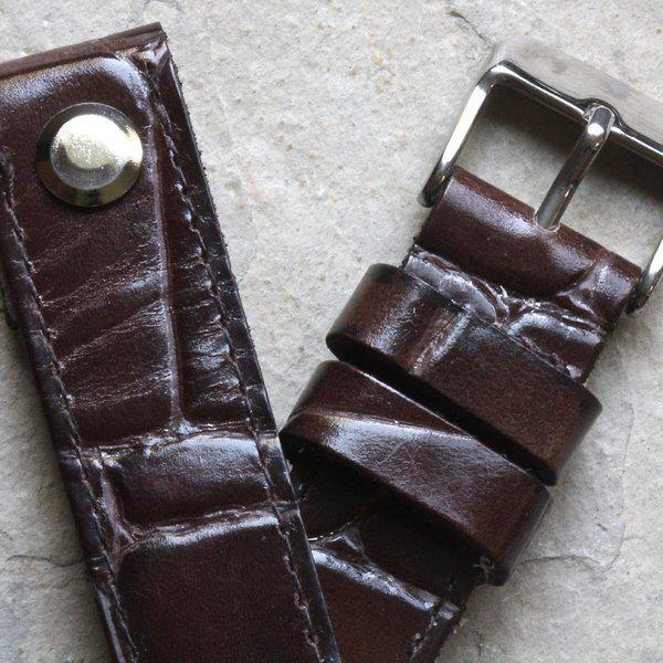 Open-ended thick leather British pilot's bands 18mm to 24mm 10