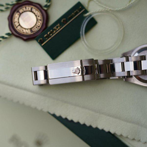 FS:Rolex Datejust Oyster 179369 White Gold with MOP Diamond dial and Diamond bezel 2